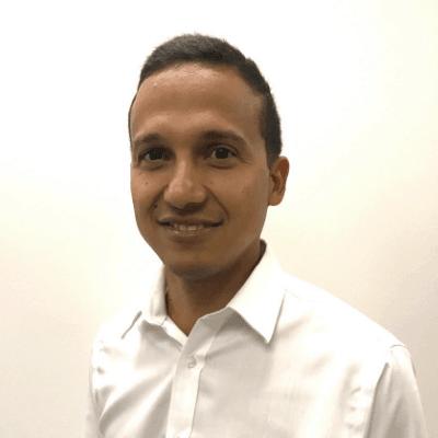 Presenter, Adrian Martiez