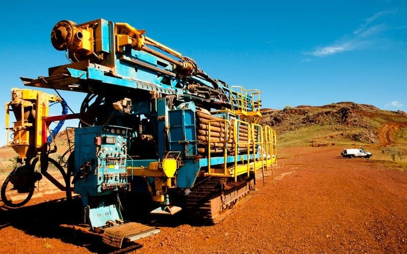 iStock-521343613_RC-Drill-Rig